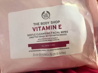 The Body Shop Vitamin E Gentle Cleansing Facial Wipes